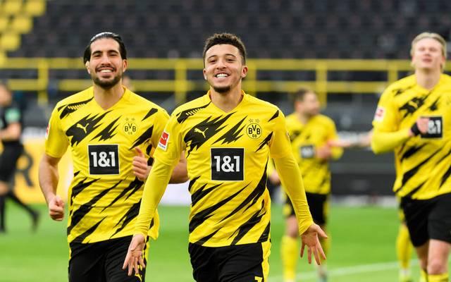 Jadon Sancho (Mitte) ist zurück im BVB-Kader