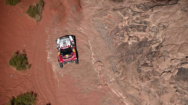 Mini's driver French Stephane Peterhansel and his co-driver Portuguese Paulo Fiuza compete during the Stage 3 of the Dakar 2020 around Neom, Saudi Arabia, on January  7, 2020. (Photo by FRANCK FIFE / AFP) (Photo by FRANCK FIFE/AFP via Getty Images)