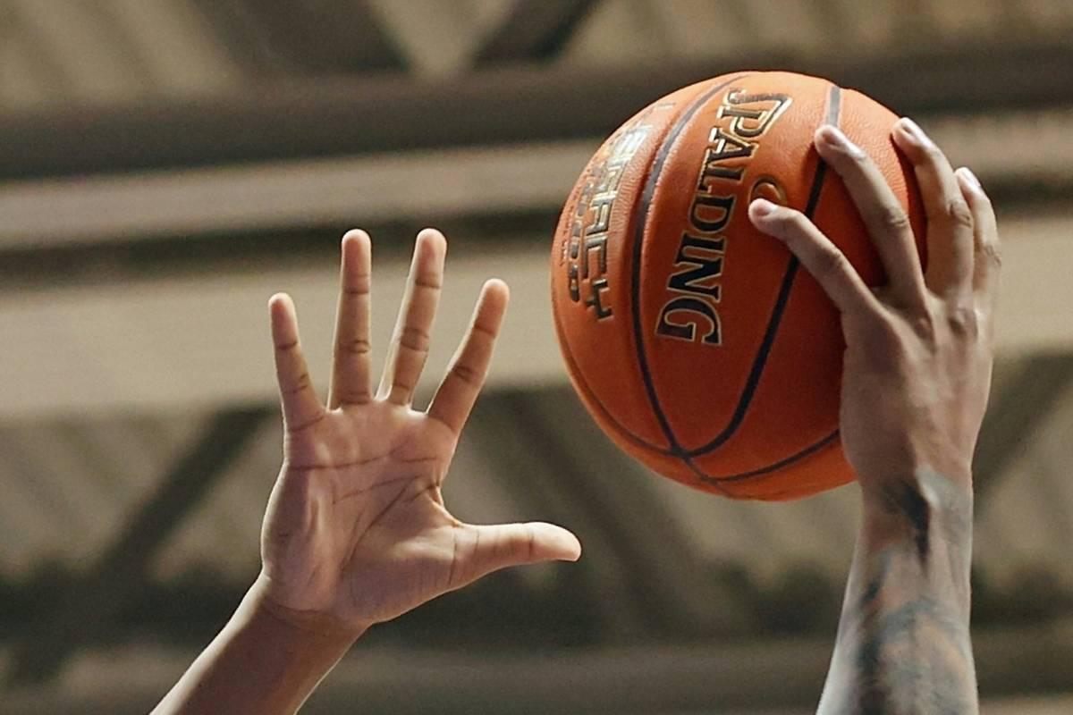Basketball-Bundesligist Fraport Skyliners Frankfurt hat sich mit Nachwuchshoffnung Brancou Badio verstärkt.