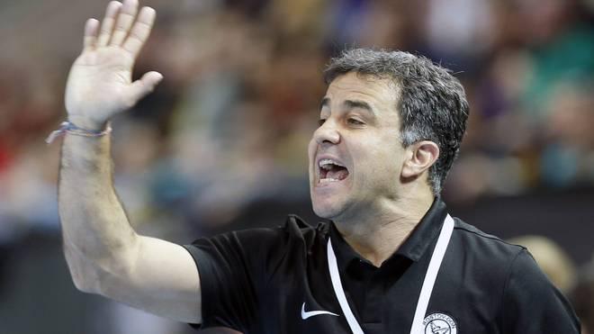 Ambros Martin trainiert die russischen Handball-Frauen