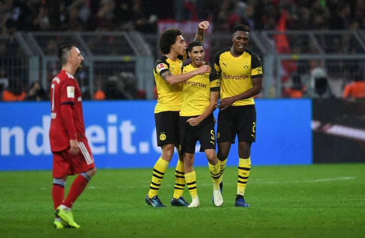 Borussia Dortmund liegt nach dem Spektakel-Sieg gegen die Bayern erstmals seit Ende der Saison 2011/12 wieder sieben Punkte vor den Münchnern. Im Zeitalter der Drei-Punkte-Regel hat der BVB einen solchen Vorsprung auf die Münchner nie verspielt. SPORT1 hat die wichtigsten Zahlen des Topspiels von deltatre und Opta