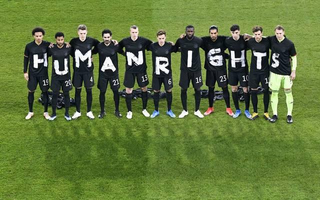 Das DFB-Team setzte bei der WM-Quali ein Zeichen für Menschenrechte