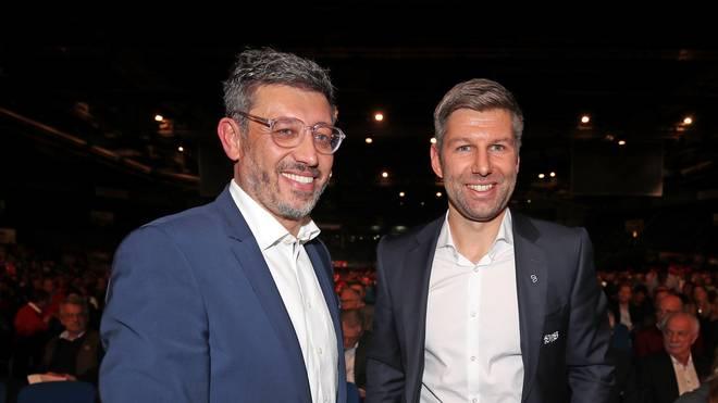 Claus Vogt neben Sportvorstand Thomas Hitzlsperger