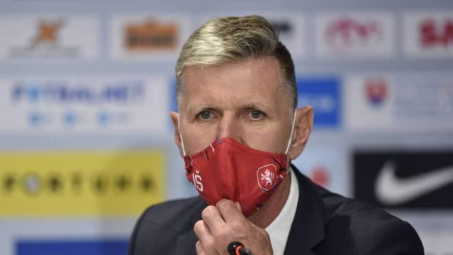 Tschechiens Nationaltrainer Jaroslav Silhavy verpasst wegen eines positiven Corona-Tests das Nations-League-Spiel seiner Mannschaft
