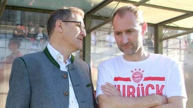 Jochen Sauer (r.) äußert sich zum Rassismus-Skandal bei Bayern