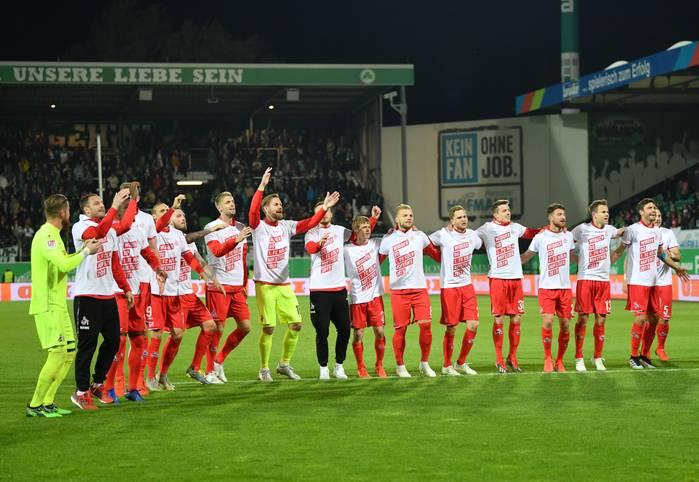 Party-Modus beim 1. FC Köln. Die Geißböcke sind zurück in der Bundesliga!