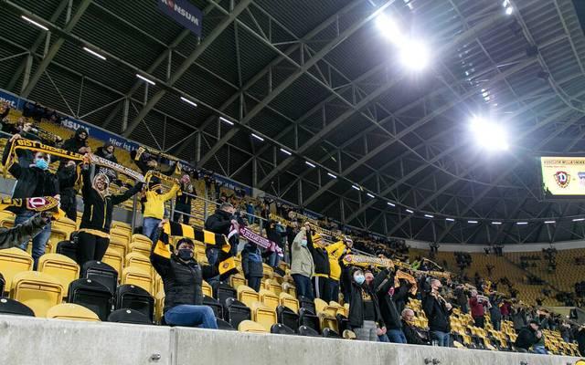 Zu Beginn der Saison waren in den Stadien noch Zuschauer zugelassen
