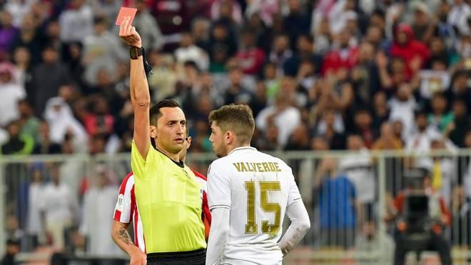 Reals Federico Valverde sah für seine Notbremse gegen Atlético völlig zurecht die Rote Karte
