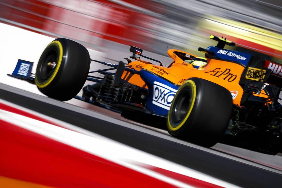 Lando Norris beschädigt seinen McLaren in Sotschi - allerdings erst, nachdem das Training schon beendet ist. Mercedes setzt zuvor durch Lewis Hamilton und Valtteri Bottas ein Ausrufezeichen.