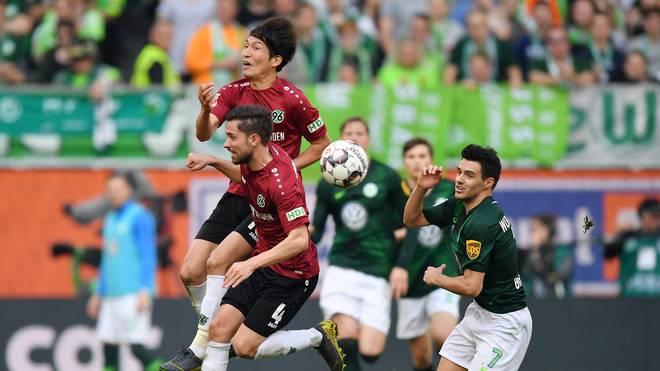 Mit dem VfL Wolfsburg gesellte sich ab 1992 ein weiterer niedersächsischer Rivale hinzu