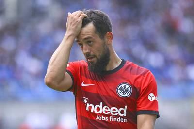 Die Eintracht hat ihren Kader für die Europa-League-Gruppenphase bekannt geben. Der Nationalspieler fehlt auf der Liste.