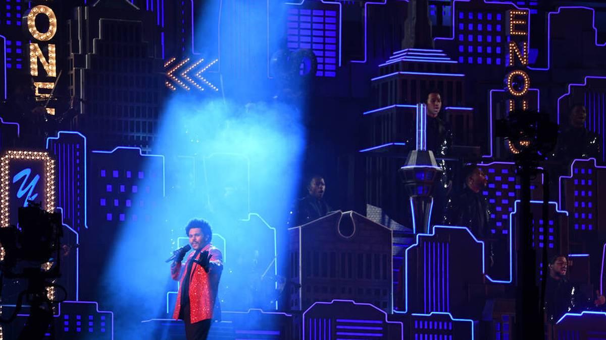The Weeknd trat beim Super Bowl in Tampa auf