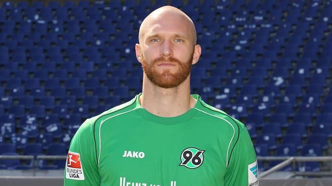 Robert Almer verlässt Hannover 96 nach nur einem Jahr wieder