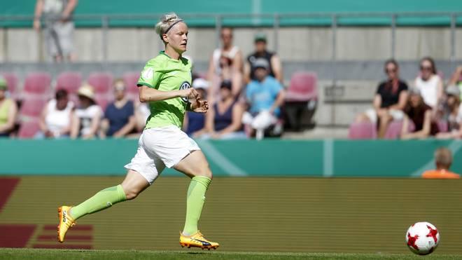Nilla Fischer und ihre Mitspielerinnen vom VfL Wolfsburg träumen von der Titelverteidigung