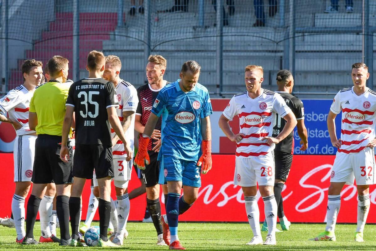 Torhüter Florian Kastenmeier vom Zweitligisten Fortuna Düsseldorf muss nach seinem Platzverweis im Spiel beim FC Ingolstadt nur ein Spiel pausieren.
