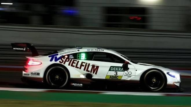 Paul di Resta gewinnt das erste Nachtrennen der DTM