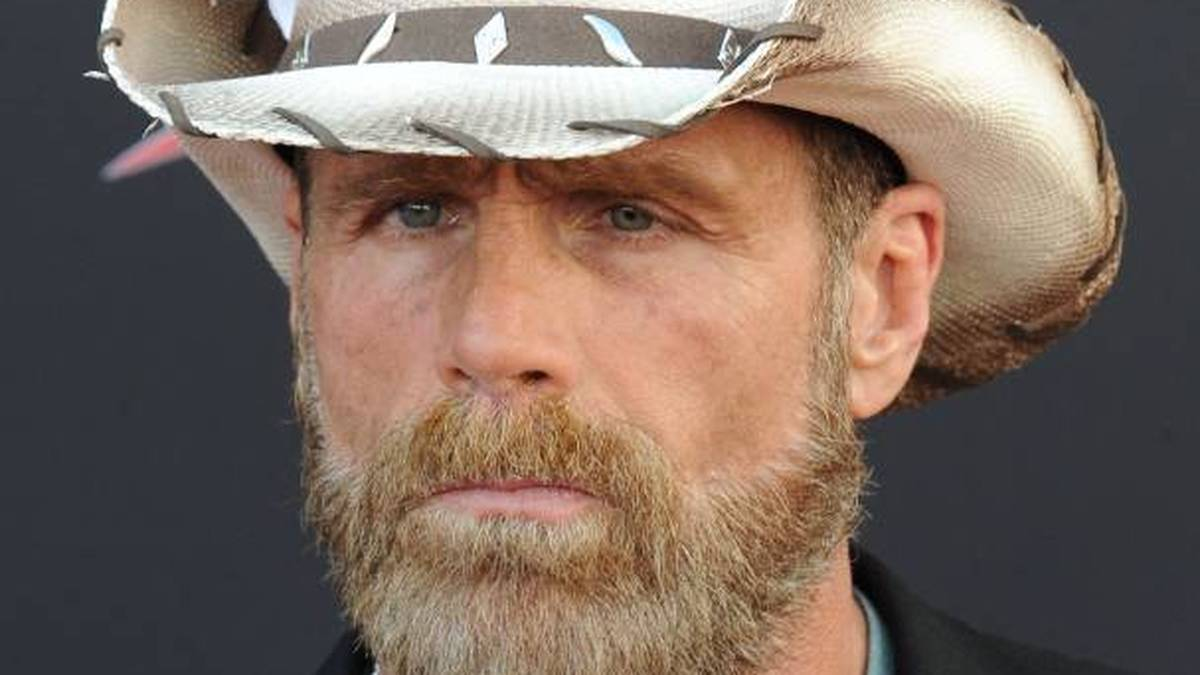 Die verstellten Augen von Shawn Michaels sind Folge einer Ringverletzung 2004