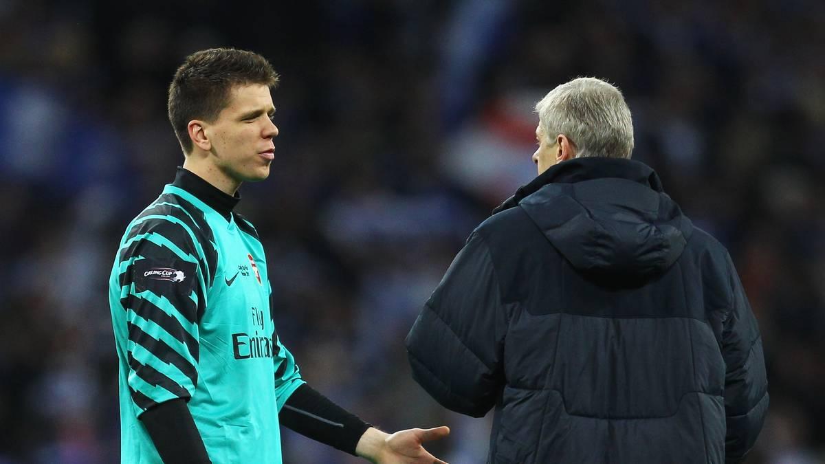 Wojciech Szczesny wurde nach seiner Kabinen-Zigarette von Coach Arsene Wenger auf die Arsenal-Bank degradiert