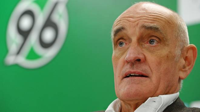 Hannover 96 - Press Conference & Training