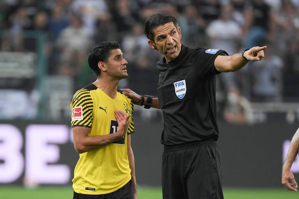 Mahmoud Dahoud fliegt bei der Dortmunder Niederlage in Gladbach mit Gelb-Rot vom Platz. Schiedsrichter Deniz Aytekin erklärt hinterher seine Entscheidung.