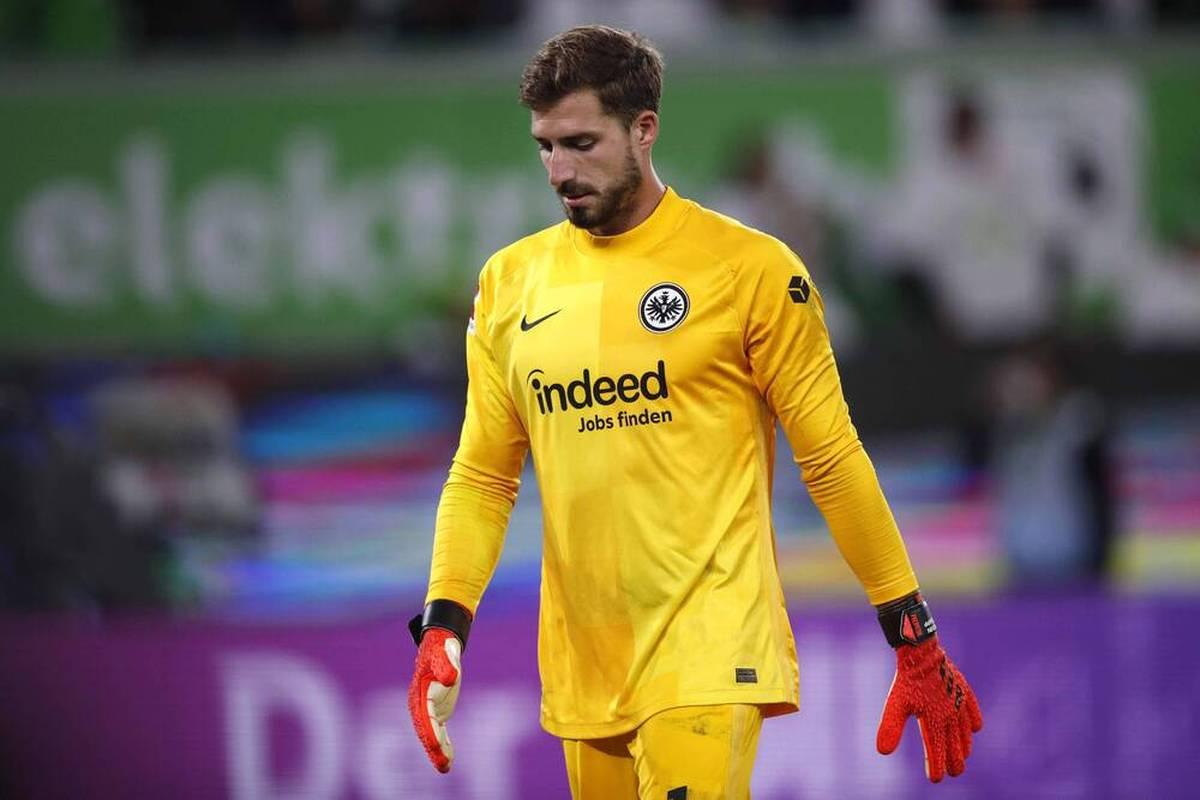 Bei Eintracht Frankfurt läuft es nach einer Remis-Serie noch nicht rund. Torhüter Kevin Trapp befindet sich dabei ebenfalls noch auf Formsuche. Dreimal schon rettete ihn der VAR vor einem Gegentor nach Patzer.