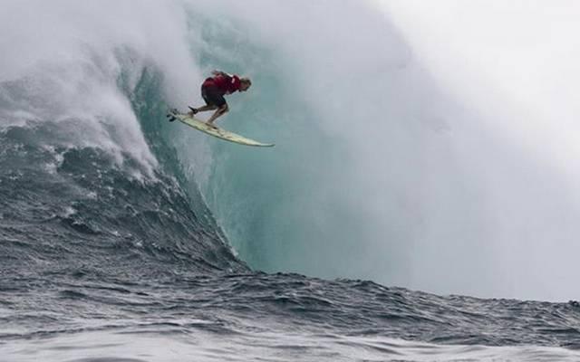 Jaws hat seinen ersten Champion: Keala Kenelly gewinnt die Peahi Big Wave Challenge