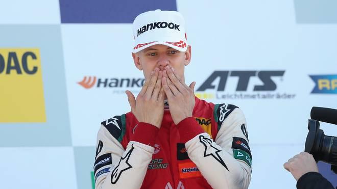 Formel 2: Mick Schumacher spricht über Vater Michael und Saisonstart