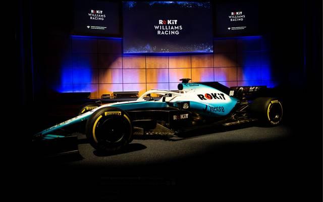 Formel 1 Williams Präsentation neues Auto Bei Williams setzt man optisch auf cooles Eisblau, um den FW 42 zu einer Augenweide zu machen
