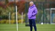 Jose Mourinho ist Cheftrainer der Tottenham Hotspur