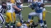 RANG 10 - NDAMUKONG SUH (2011, Detroit Lions): Der Defensive Tackle ist nicht als der fairste Spieler bekannt, aber seine Entgleisung an Thanksgiving 2011 ist zum Glück ein Ausreißer. Seine Lions empfangen damals die Green Bay Packers. Suh tritt nach einem Spielzug seinen am Boden liegenden Gegenspieler Evan Dietrich-Smith auf den Arm