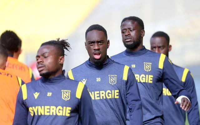 Jean Kevin Augustin (2. v. li.) ist beim FC Nantes außen vor