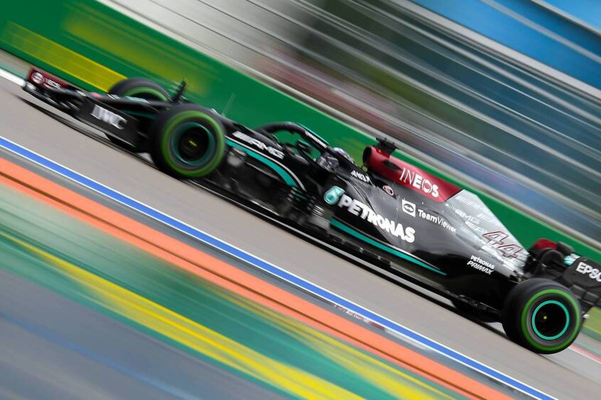Hamilton patzt zweimal! Sensations-Pole in Sotschi