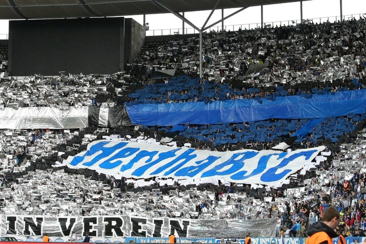 Fußball-Bundesligist Hertha BSC trauert um seinen ehemaligen Co-Trainer Levent Selim.