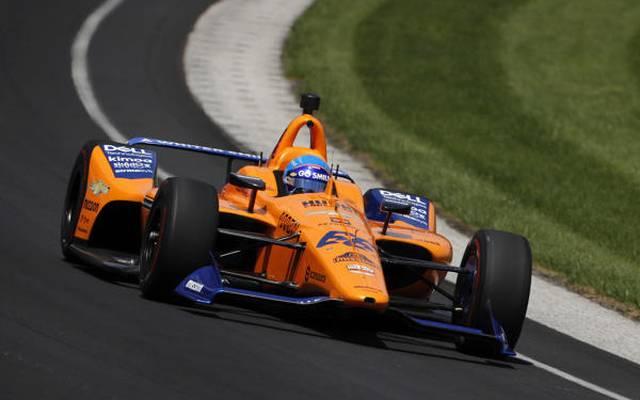 Fernando Alonso setzte seinen McLaren-Chevrolet am Mittwoch in die Indy-Mauer