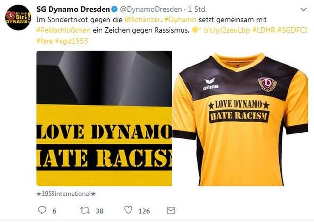 Dynamo Dresden läuft mit einem Spezialtrikot auf