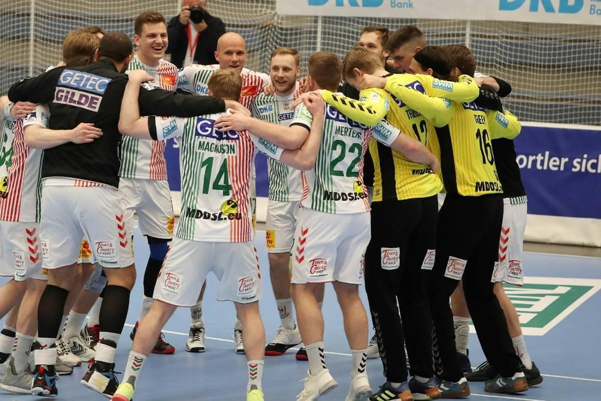 Der SC Magdeburg bleibt in der Handball-Bundesliga die Mannschaft der Stunde. Auch gegen Flensburg siegt der SCM klar. Kiel kommt nicht über ein Remis hinaus.