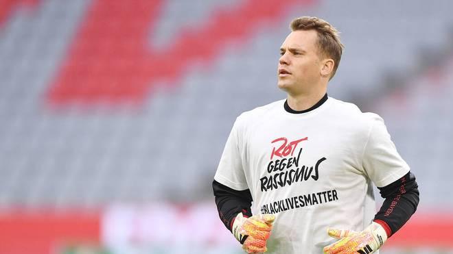 """Manuel Neuer und die Bayern-Profis werden mit """"Rot gegen Rassismus""""-Aufwärmshirts auflaufen"""