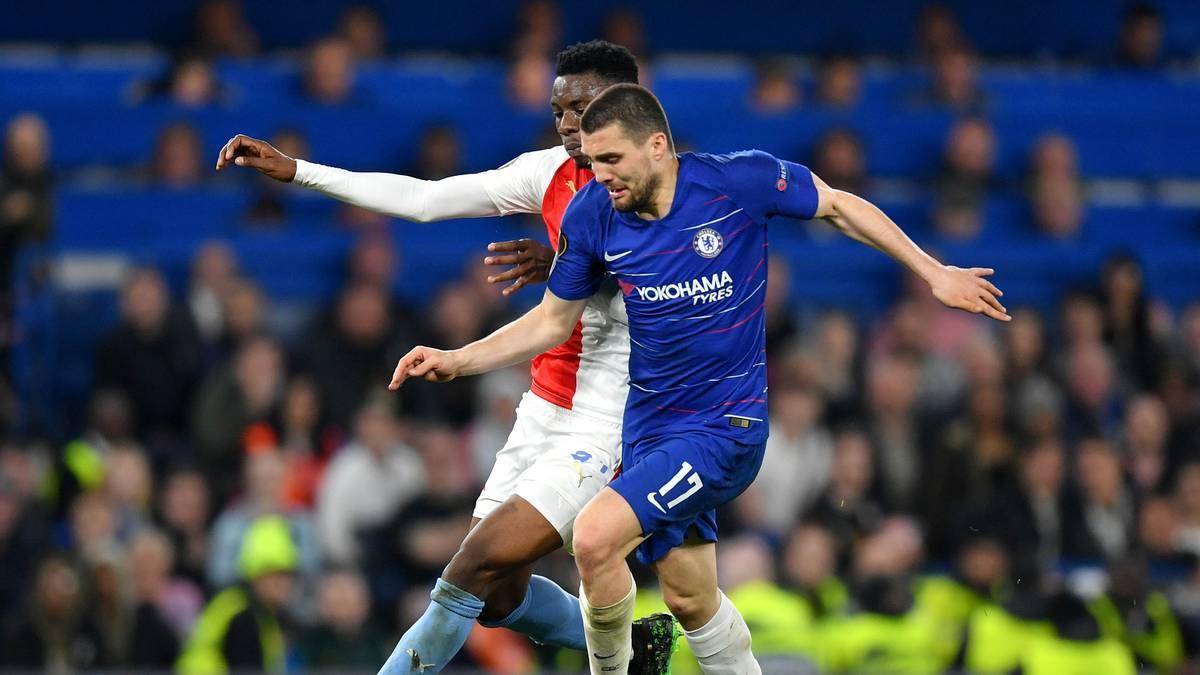Mateo Kovacic (r.) gewann mit dem FC Chelsea die UEFA Europa League