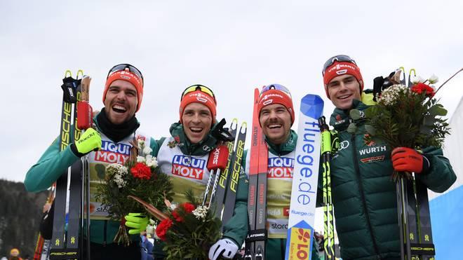 Johannes Rydzek, Eric Frenzel, Fabian Rießle und Vinzenz Geiger sprinten noch sensationell zu Silber