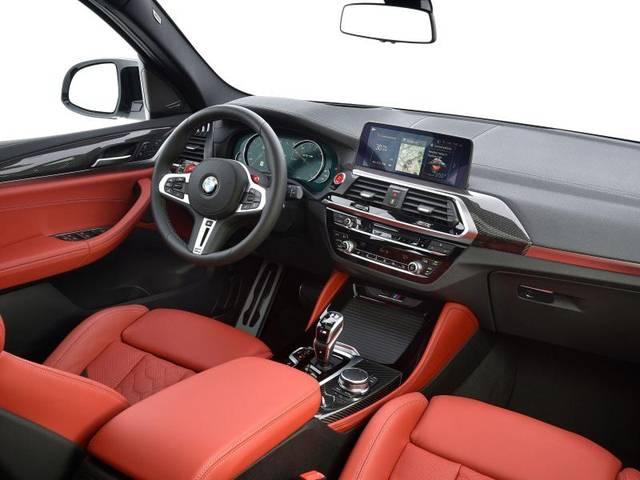 Der BMW X3M zeigt sich auch im Innenraum von seiner dynamischen Seite - vor allem durch seine Sportsitze mit hohen Seitenwänden