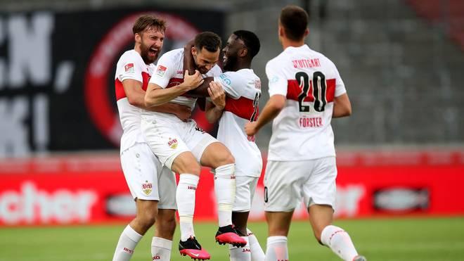 Der VfB Stuttgart springt durch den Sieg gegen Sandhausen auf Rang zwei