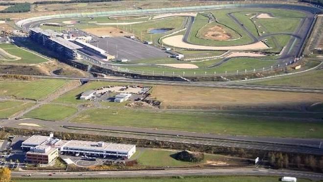 Der Lausitzring wurde 2000 fertiggestellt: Die DTM startet seit Beginn an dort