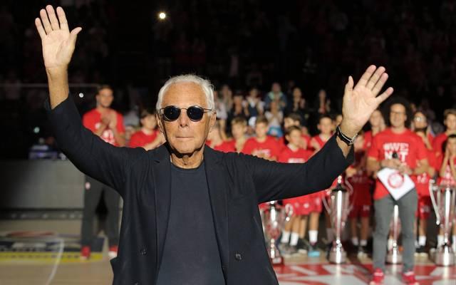 Giorgio Armani schaut sich regelmäßig die Heimspiele seines Teams an