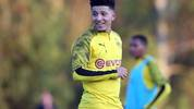 MARBELLA, SPAIN - JANUARY 05: Jadon Sancho of Borussia Dortmund looks on during day two of the Borussia Dortmund winter training camp on January 05, 2020 in Marbella, Spain. (Photo by TF-Images/Bongarts/Getty Images)