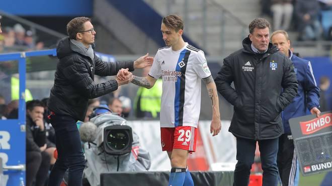 Adrian Fein verletzte sich beim Spiel gegen Karlsruhe