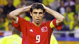 Hakan Sükür wurde 2002 mit der Türkei WM-Dritter