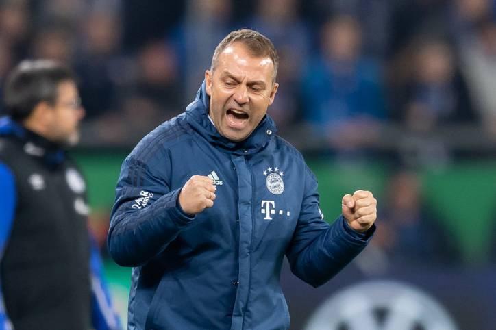 Hansi Flick bleibt beim FC Bayern Cheftrainer über die Saison hinaus und erhält einen Vertrag bis 2023. Damit könnte der ehemalige Co-Trainer von Niko Kovac sogar länger Bayern-Chef sein als ein gewisser Pep Guardiola