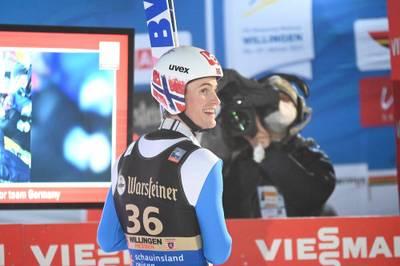 Der norwegische Skispringer Daniel-Andre Tande kehrt rund ein halbes Jahr nach seinem Horror-Sturz von Planica in den Wettkampfsport zurück.