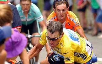 Armstrongs Profikarriere mit ihren vielen spektakulären Höhenpunkten war immer von Doping-Gerüchten begleitet. SPORT1 zeichnet wichtige Stationen nach