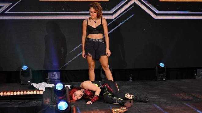 Dakota Kai beschloss WWE NXT mit einer Attacke auf Io Shirai
